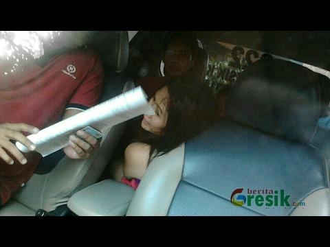 Video terbaru Di telanjangi mantan dalam mobil