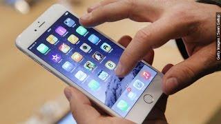 Is Smart Technology Making Us Dumb? - Newsy