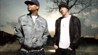 Bad Meets Evil - Airplanes Part 3 Lyrics