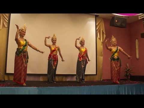 ระบำศรีวิชัย - บ้านรำไทย ดอนเมือง (www.banramthai.com)