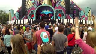 """Back In Time"" by Q-ic, Lethal MG, & DJ Ghost at Summerfestival 2014"