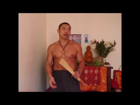 QIGONG MASSAGE THAT GIVES INSTANT ENERGY