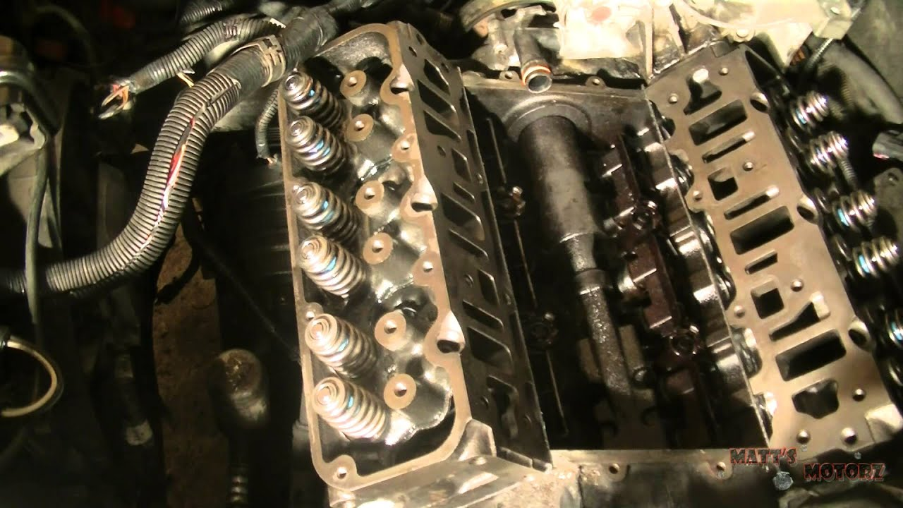 how to torque cylinder head bolts youtube rh youtube com
