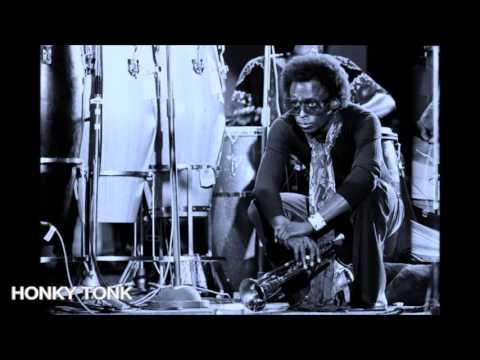 Miles Davis- October 26, 1971 Palais des Beaux Arts, Brussels