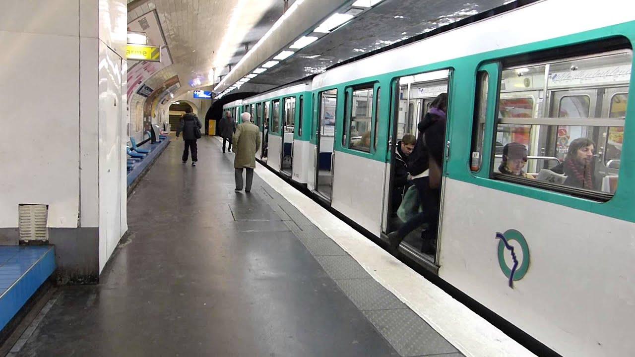 paris metro notre dame de lorette station line 12 22 january 2014 youtube. Black Bedroom Furniture Sets. Home Design Ideas