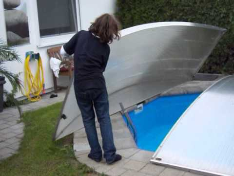 schwimmbad berdachung swimming pool abdeckung flexiroof ffnen youtube. Black Bedroom Furniture Sets. Home Design Ideas