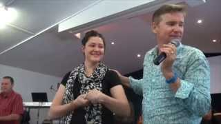 Painful Hypermobility Syndrome and Diastasis torn stomach muscles healed - John Mellor Miracles