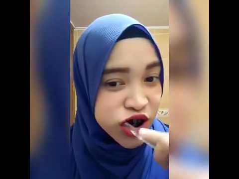 Putihkan Gigi Dengan Arang Aktif Black Magic Youtube