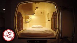 A Night in a Japanese Capsule Hotel | カプセルホテルで一晩