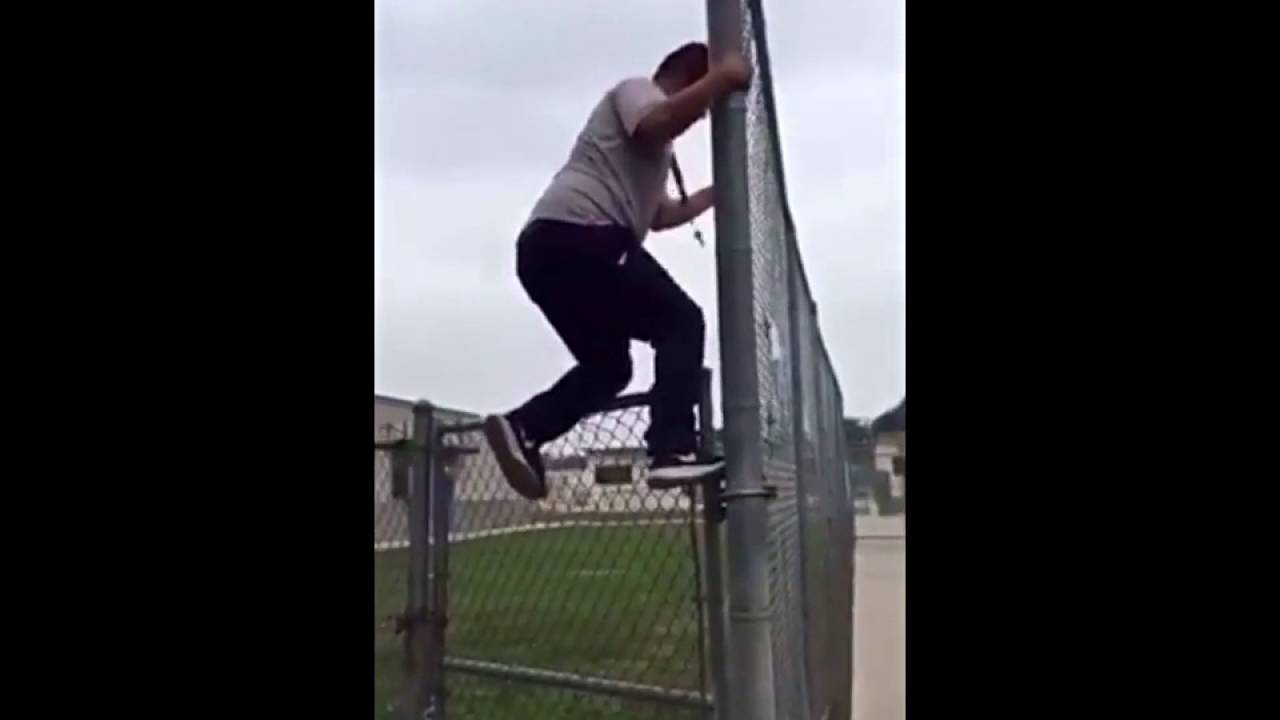 Mexicans Jumping The Fence
