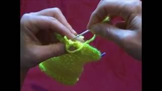 Chiudere la punta di un calzino con l'ago a punto maglia