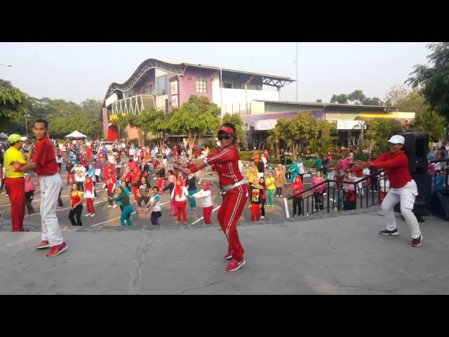Senam Kreasi GOYANG JIGO  by SUKMA CLEOPATRA