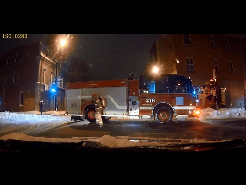 BROKEN GAS PIPE - MONTREAL FIRE DEPARTMENT RESPONDING - 10-09 BEAUDRY St.
