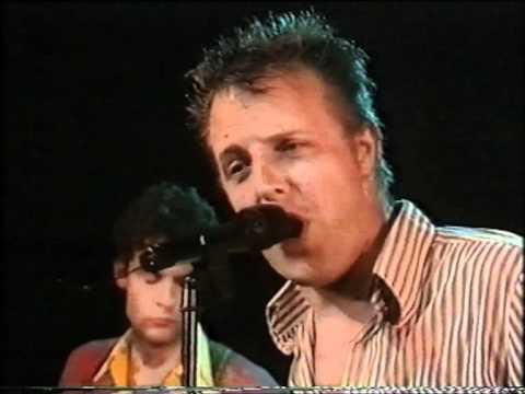 De Raggende Manne 'Hij moet erin' in Leidsekade Live 1992 KRO
