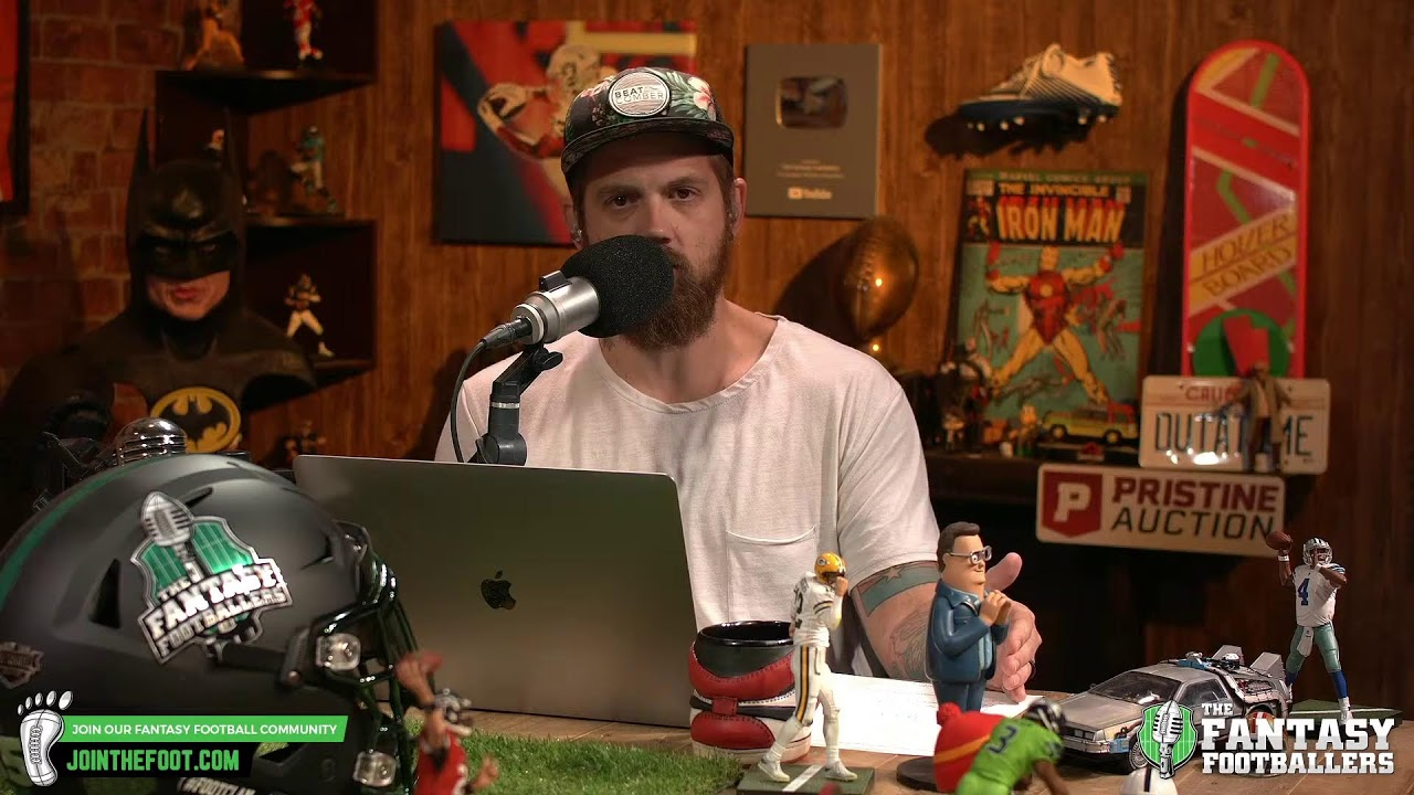 """Mike """"The Fantasy Hitman"""" Wright is LIVE answering Week 3 fantasy football start/sit questions!"""