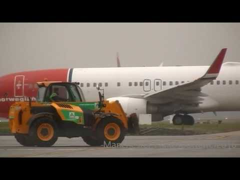 Plane Spotting At (LGW) London Gatwick Airport On The 05/11/2016