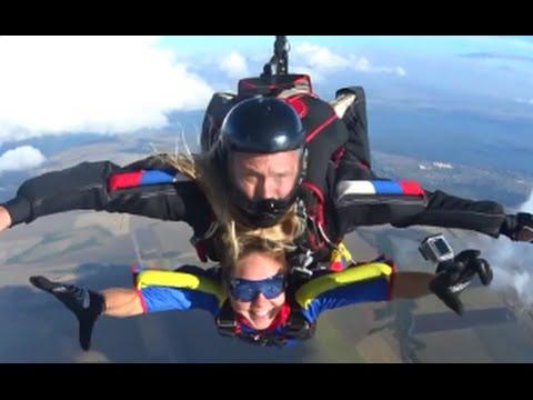 Прыжок с парашютом в Тандеме . Дубки , Саратов.