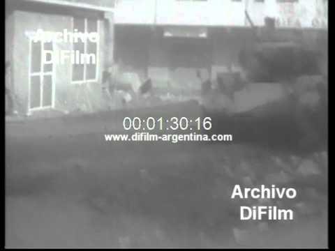 DiFilm - Protests of people in Aden Yemen 1967