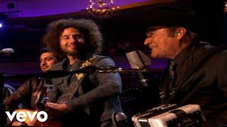 Somos Más Americanos (En Directo Desde Los Angeles MTV Unplugged)