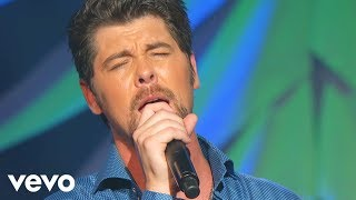 Bill & Gloria Gaither - Midnight Cry [Live] ft. Jason Crabb