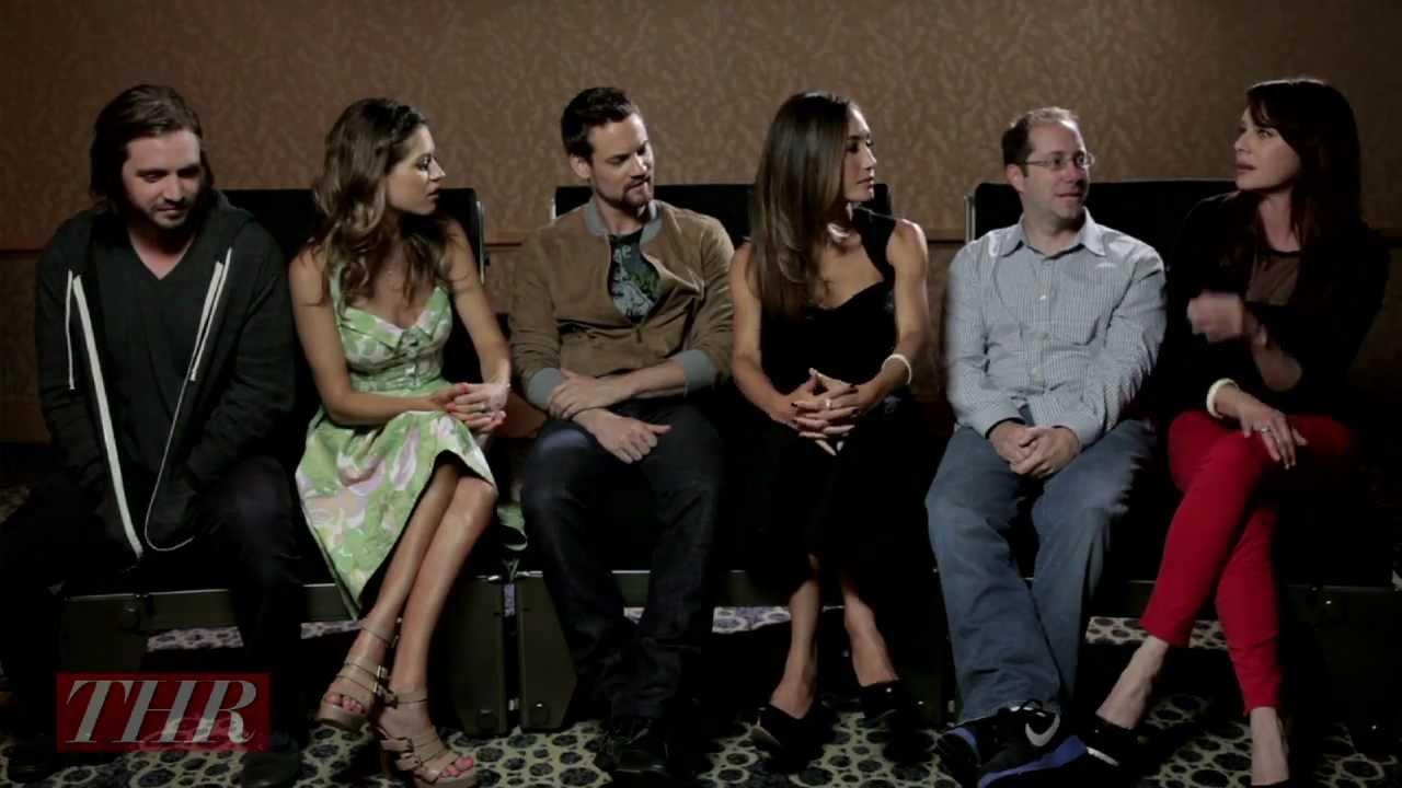 min frustrante Allergia  The Cast and Creator of CW's 'Nikita' - YouTube