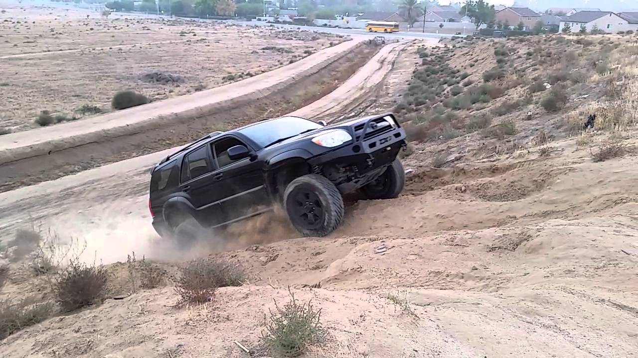 4th gen 4Runner climbing a hill. - YouTube