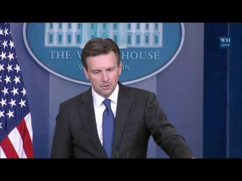 10/12/16: White House Press Briefing