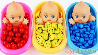 Baby Finger Family Song for Kids Surprise Egg Toys Baby Doll Color Bubble Gum Kinder Joy Bath Time