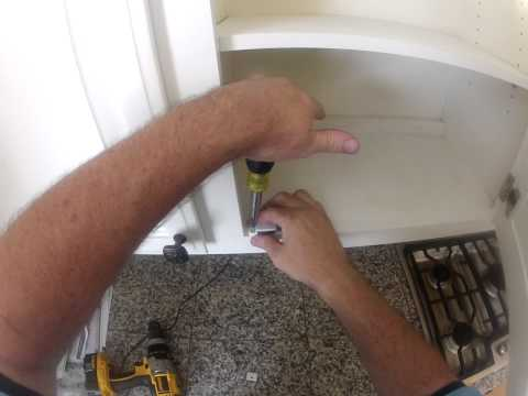 Install cabinet magnet catch.MP4