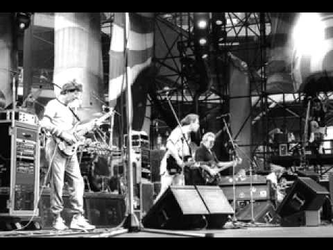 Grateful Dead 08.04.1989 Sacramento, CA Complete Show SBD