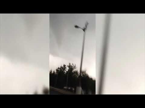 Oklahoma Weather May 19, 2013: Footage of Edmond tornado (2013-05-20)
