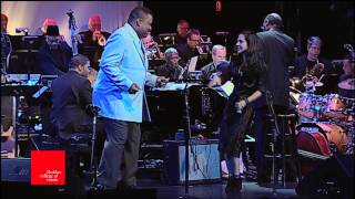 "Tracy Bonham & Lawrence Watson Play Ray Charles, ""You Are My Sunshine"", at Berklee"