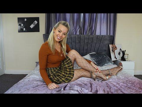 Black Silk StockingsKaynak: YouTube · Süre: 48 saniye