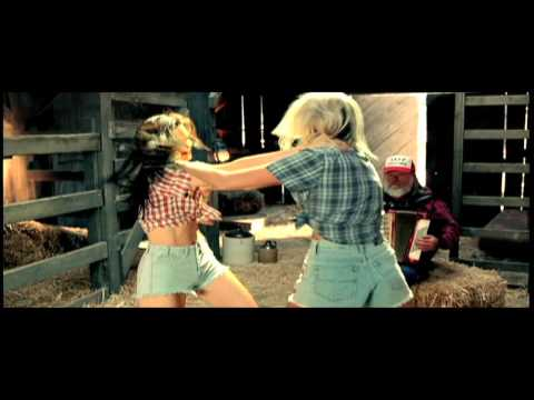 Underground Street Fighting MILLER LITE Catfight! ...