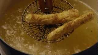 How to Make Fried Mozzarella Cheese Sticks