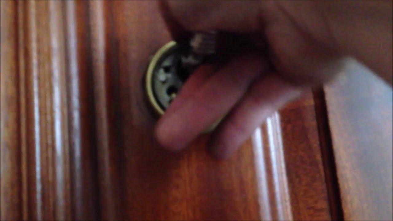 Abrir puerta cerrada sin llave