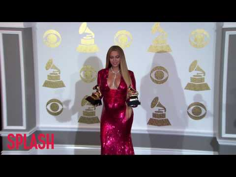 Download Youtube: Is Beyoncé Having Twin Boys? | Splash News TV