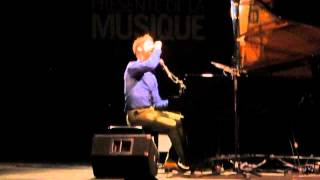 Pierre Lapointe - Deux Par Deux Rassemblés @ Francophonie en Fête 2012(Pierre Lapointe plays Deux Par Deux Rassemblés from his album La Forêt des Mal-Aimés during his one-man