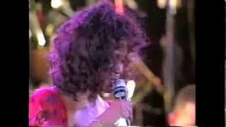 #nowwatching Whitney Houston LIVE - Jesus Loves Me