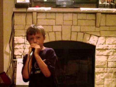 8yr. old Deke Garner sings Grenade in style of Bruno Mars