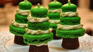 How To Make Christmas French Macarons Recipe Thumbnail