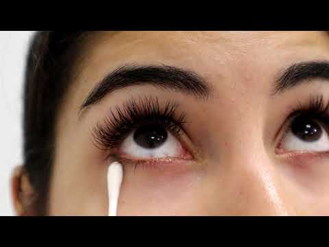Cleaning your Eyelash Extensions Properly