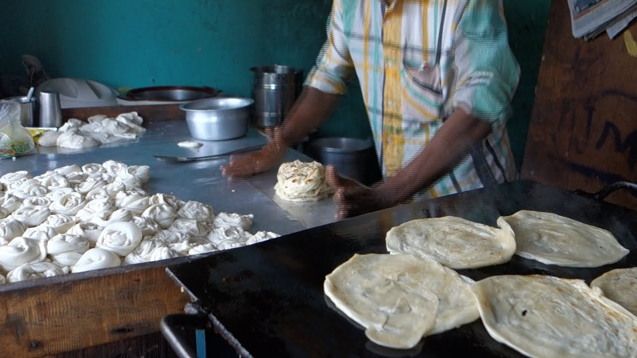 Malbari lachedar paratha authentic indian recipe from a street malbari lachedar paratha authentic indian recipe from a street restaurant in kerala parotta youtube forumfinder Image collections