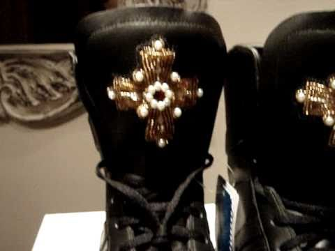 adidas originals limited edition jeremy scott cross combat gsg9 ... 11e6e3d66