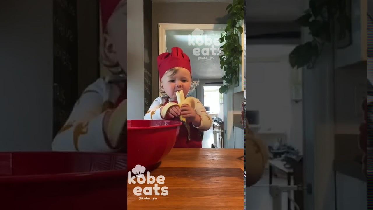 CHEF KOBE MAKES CHOCOLATE BANANA COOKIES