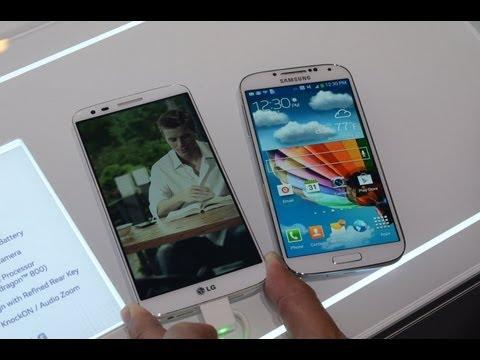 LG G2 vs Samsung Galaxy S 4 (Hands-On) | Pocketnow