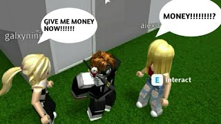 I made a MONEY tunnel in (ROBLOX) BLOXBURG