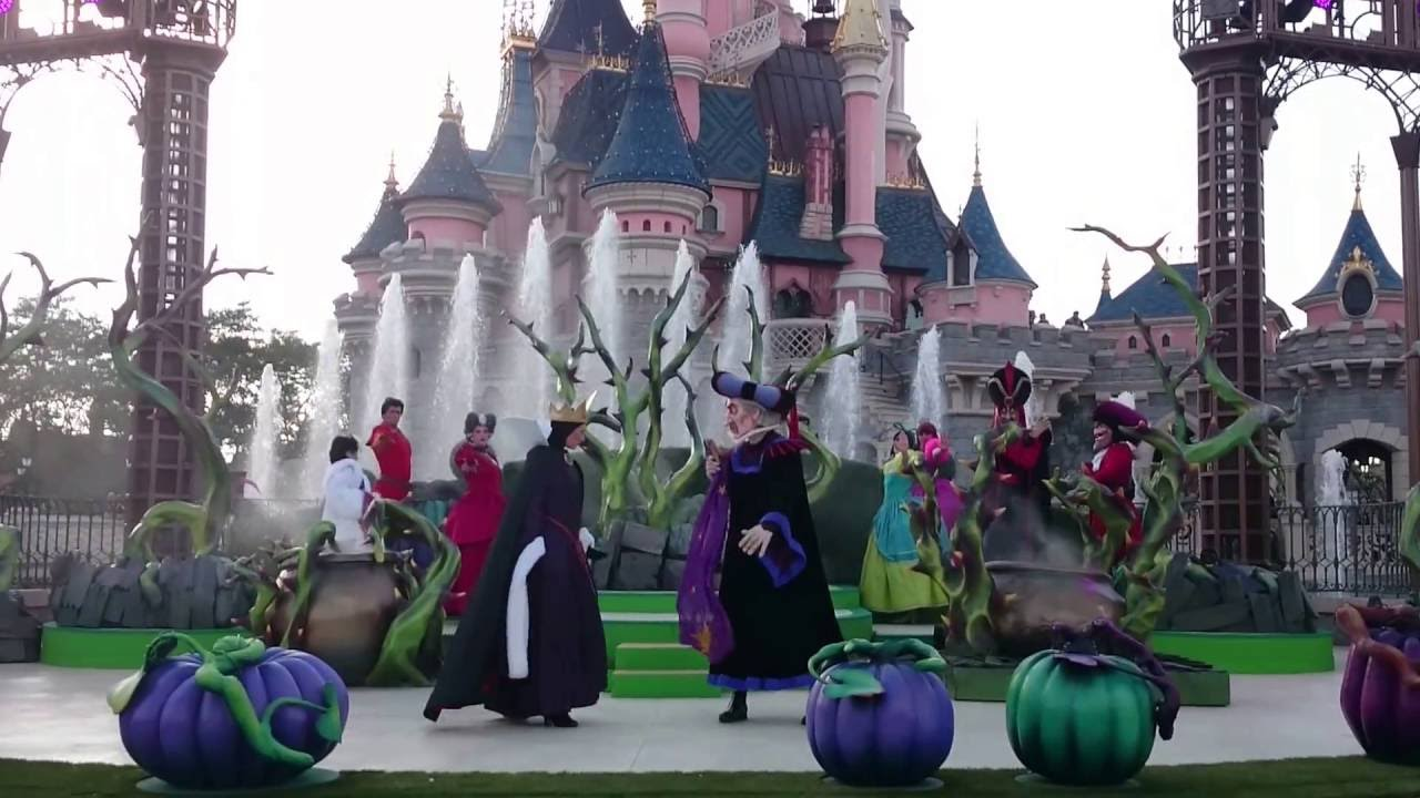 disneyland paris halloween c 39 est bon d 39 tre vilain avec les m chants disney grimhilde. Black Bedroom Furniture Sets. Home Design Ideas