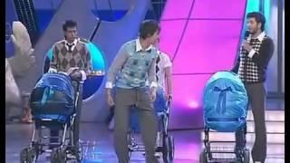 Станция спортивная   Отцы с колясками во дворе online video cutter com