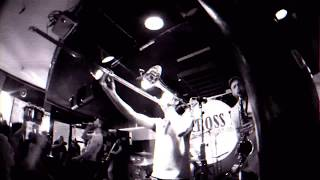 Popes Of Chillitown - Upside Down (Official Video)
